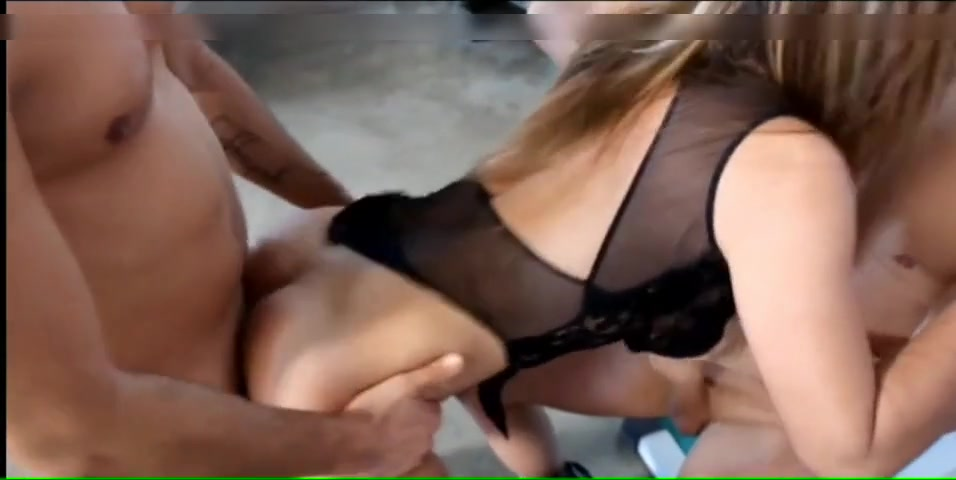 Wife Fucking The Handyman
